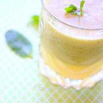 Kiwi Pineapple Punch- Easy Baby Meals-www.easybabymeals.com