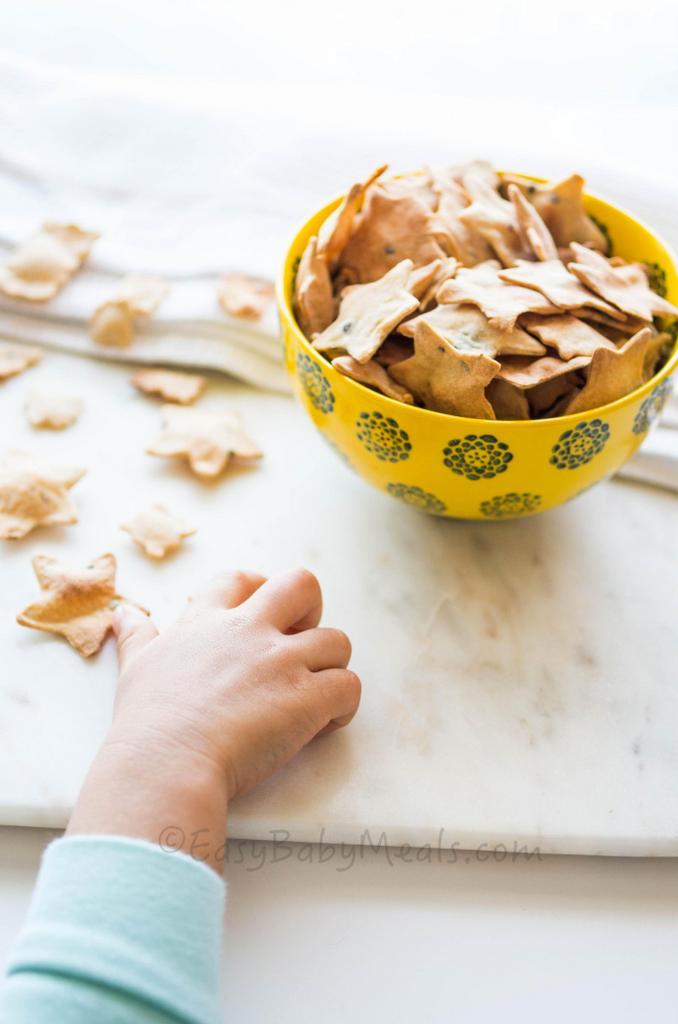 Homemade Herb Crackers- Easy Baby Meals-www.easybabymeals.com